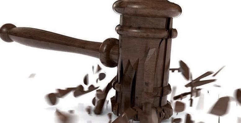 """LA JUSTICE TRANSITIONNELLE, ENTRE RÉDEMPTION ET PARDON. NE SONT-ILS ENCORE QUE DE """"TRISTES TROPIQUES """"?"""